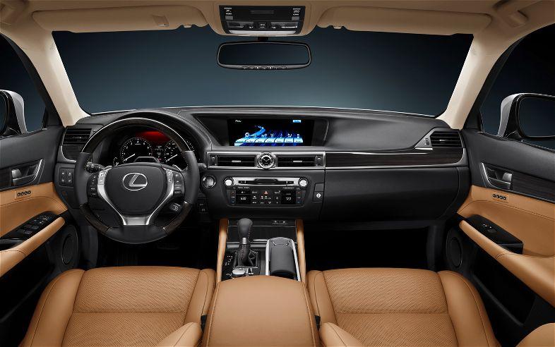 2013-Lexus-GS-350-cabin